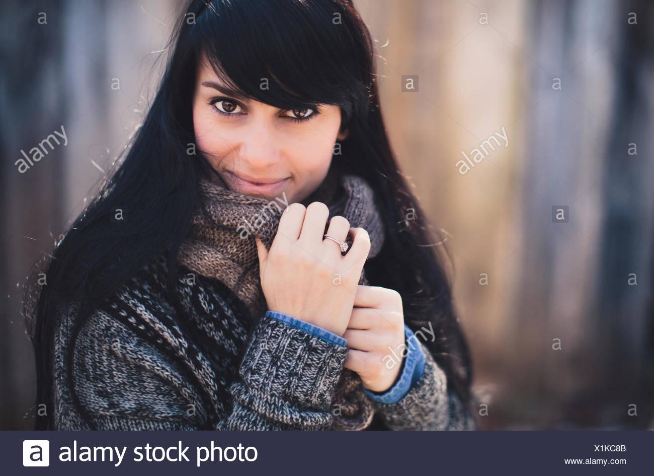 Stati Uniti d'America, Tennessee, Ritratto di giovane e bella donna in inverno Immagini Stock