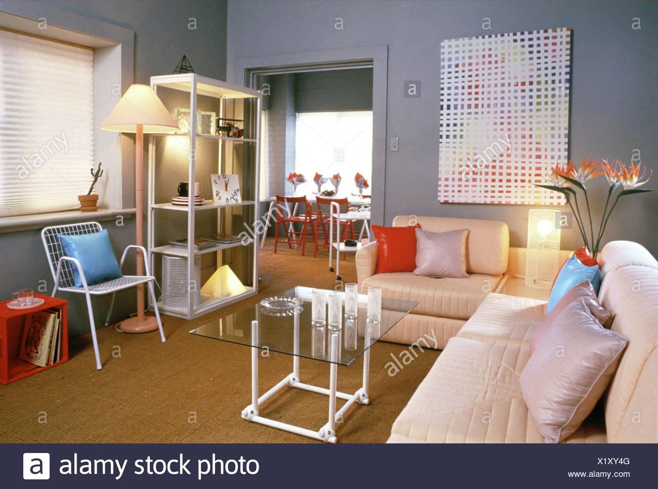 Soggiorno grigio pareti dipinte, imbottita divano ad angolo ...