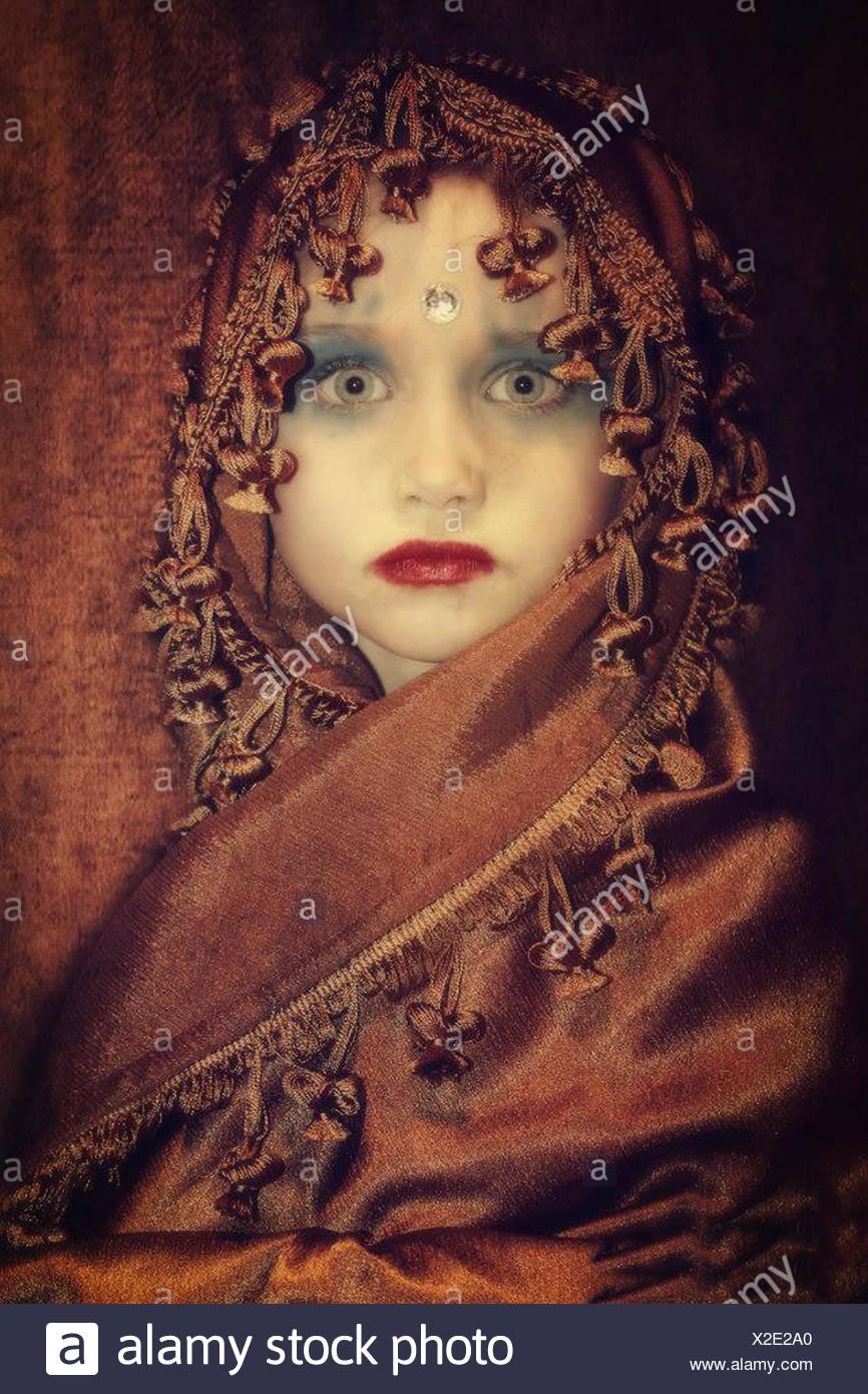 Ritratto di una ragazza che indossa la principessa indiano costume Immagini Stock