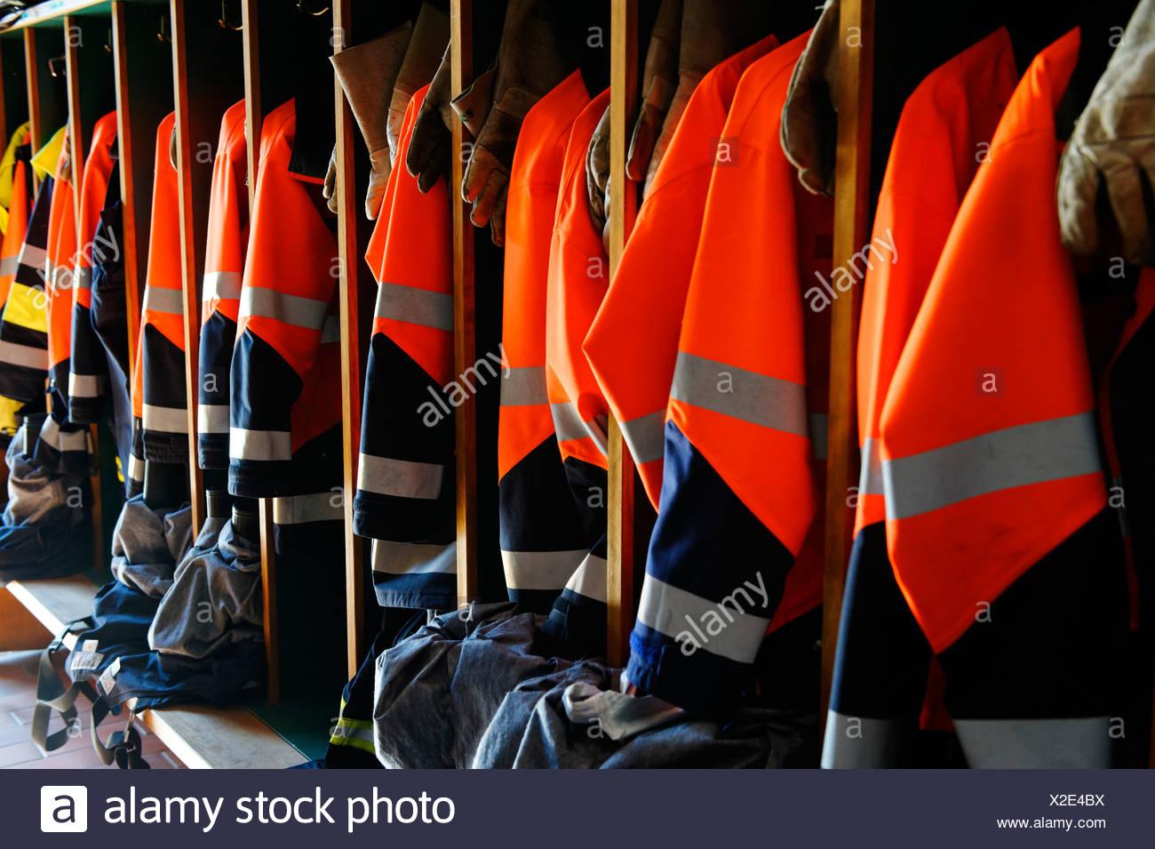 Indumenti di protezione per vigili del fuoco, Muernsee, Bad Heilbrunn, Alta Baviera, Baviera Immagini Stock