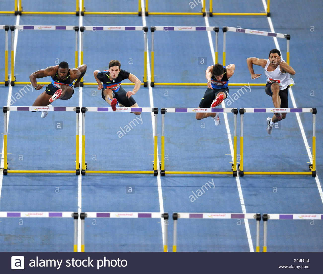 60 m ostacoli, uomini, da sinistra: Darien Garfield FRA, Erik Balnuweit GER, Evgeniy Borisov RUS, David Oiver USA, Sparkassen-Cup 200 Immagini Stock