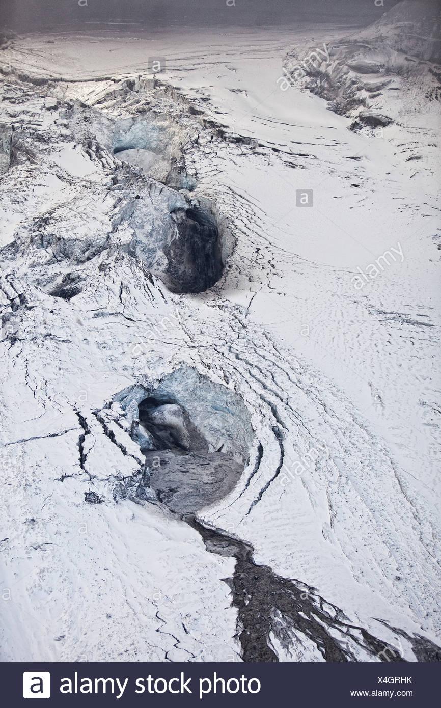 Gigjokull,-uscita dal ghiacciaio Eyjafjallajokull. Correndo acqua e inondazioni dovute a Eyjafjallajokull eruzione del vulcano, Islanda Immagini Stock