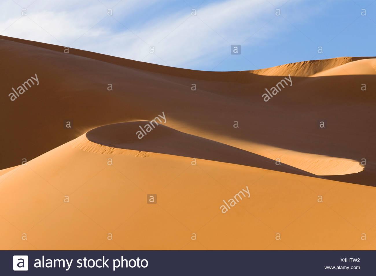 Le dune di sabbia del deserto libico, Erg Murzuq, Libia, Sahara, Africa Settentrionale, Africa Foto Stock