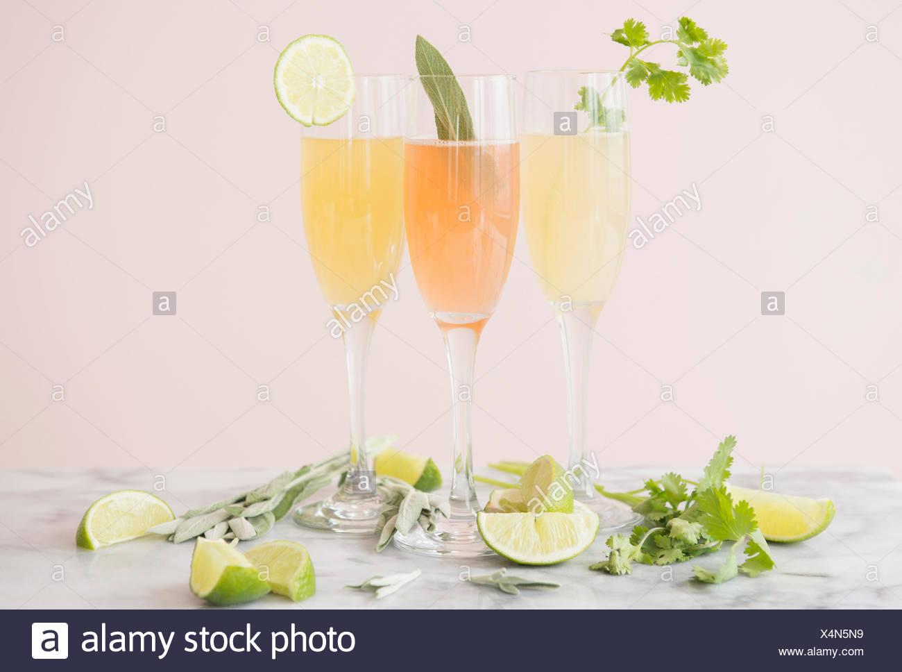Studio shot di cocktail rinfrescanti Immagini Stock