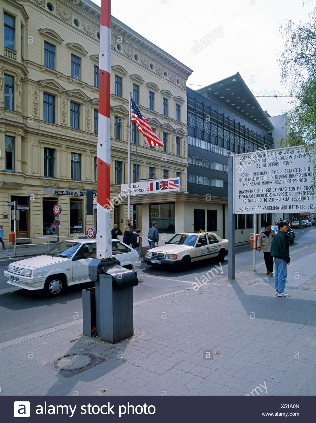 Germania, Europa, Berlino, apertura, il muro di Berlino, attraversamento straniera, checkpoint, Checkpoint Charlie, 1990, la caduta del muro di Berlino, Immagini Stock