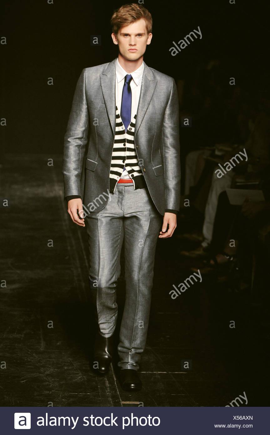 Primavera Paris indossa modello Sonia una Estate Menswear Rykiel qafwxnFvC
