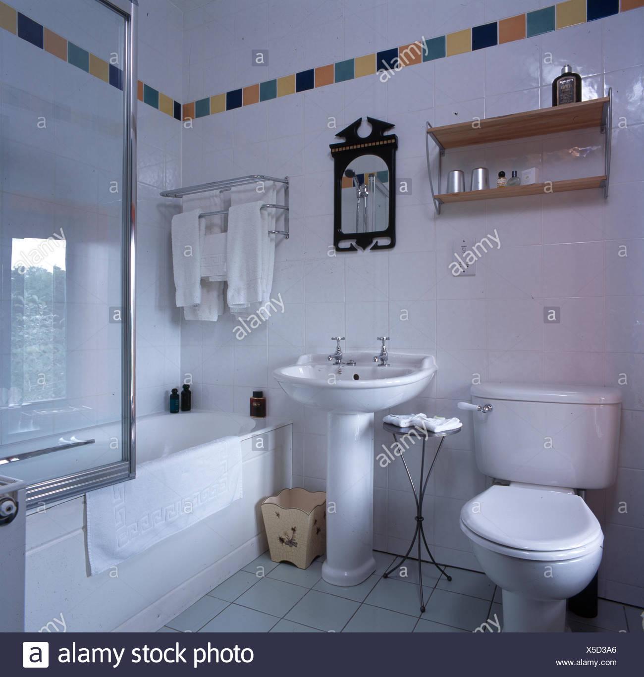 Piastrelle bagno colorate bagno moderno colorato in tutto gallery of piastrelle bagno moderne - Piastrelle bagno bianche ...