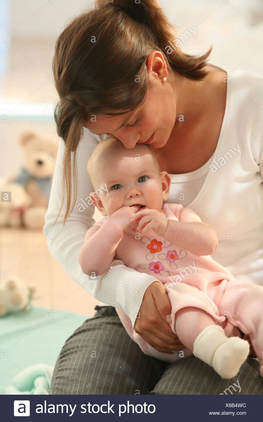 the latest 201b5 65b8e Il dado,baby,giro,sit,sorriso,l'affetto,persona,donna ...