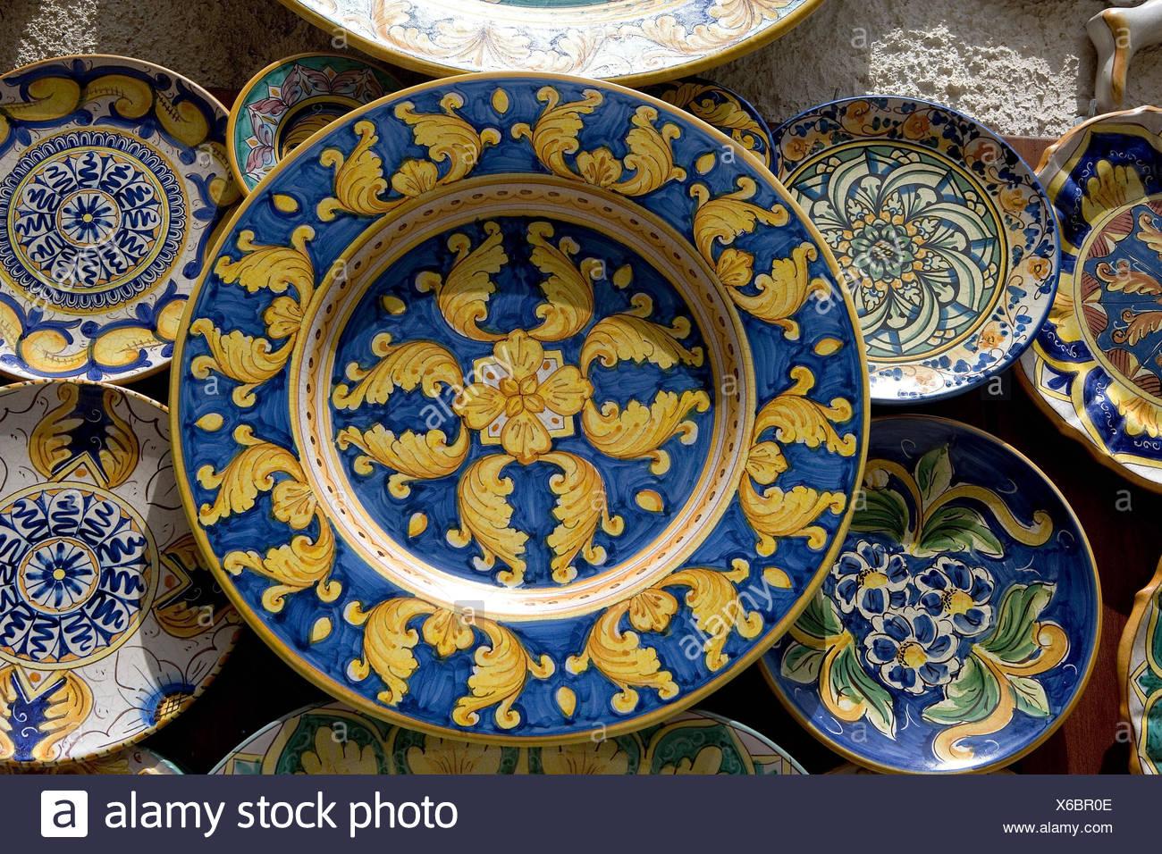 Litalia isola di sicilia ceramiche decorazioni murali i suns