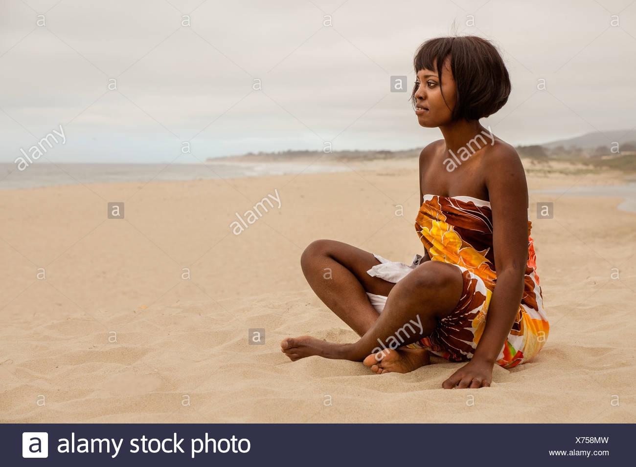 Matura in spiaggia Immagini Stock
