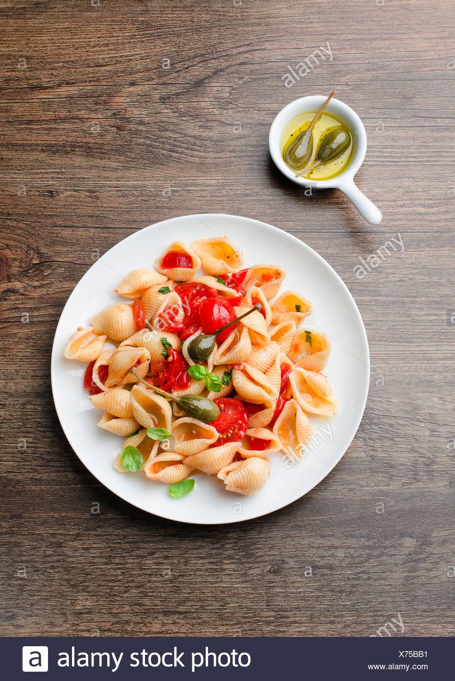 Pasta con verdure Immagini Stock