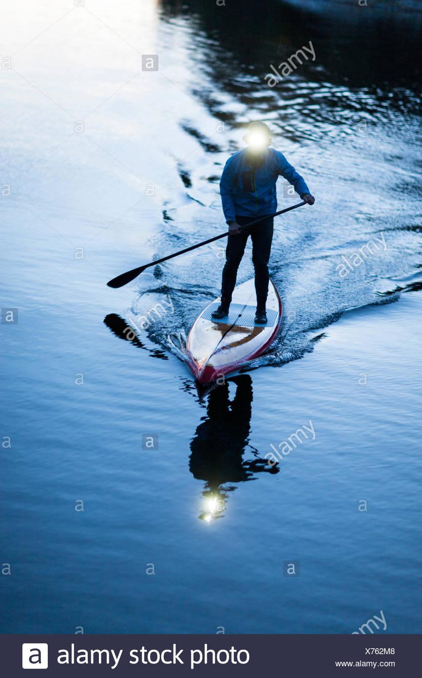 Persona su paddleboard Immagini Stock