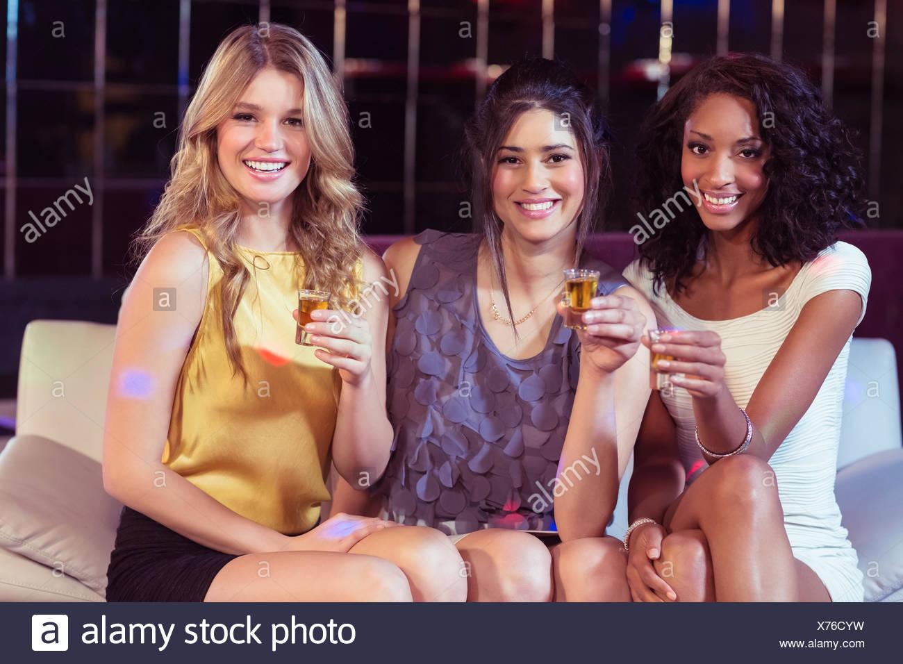 Belle ragazze avente scatti Immagini Stock