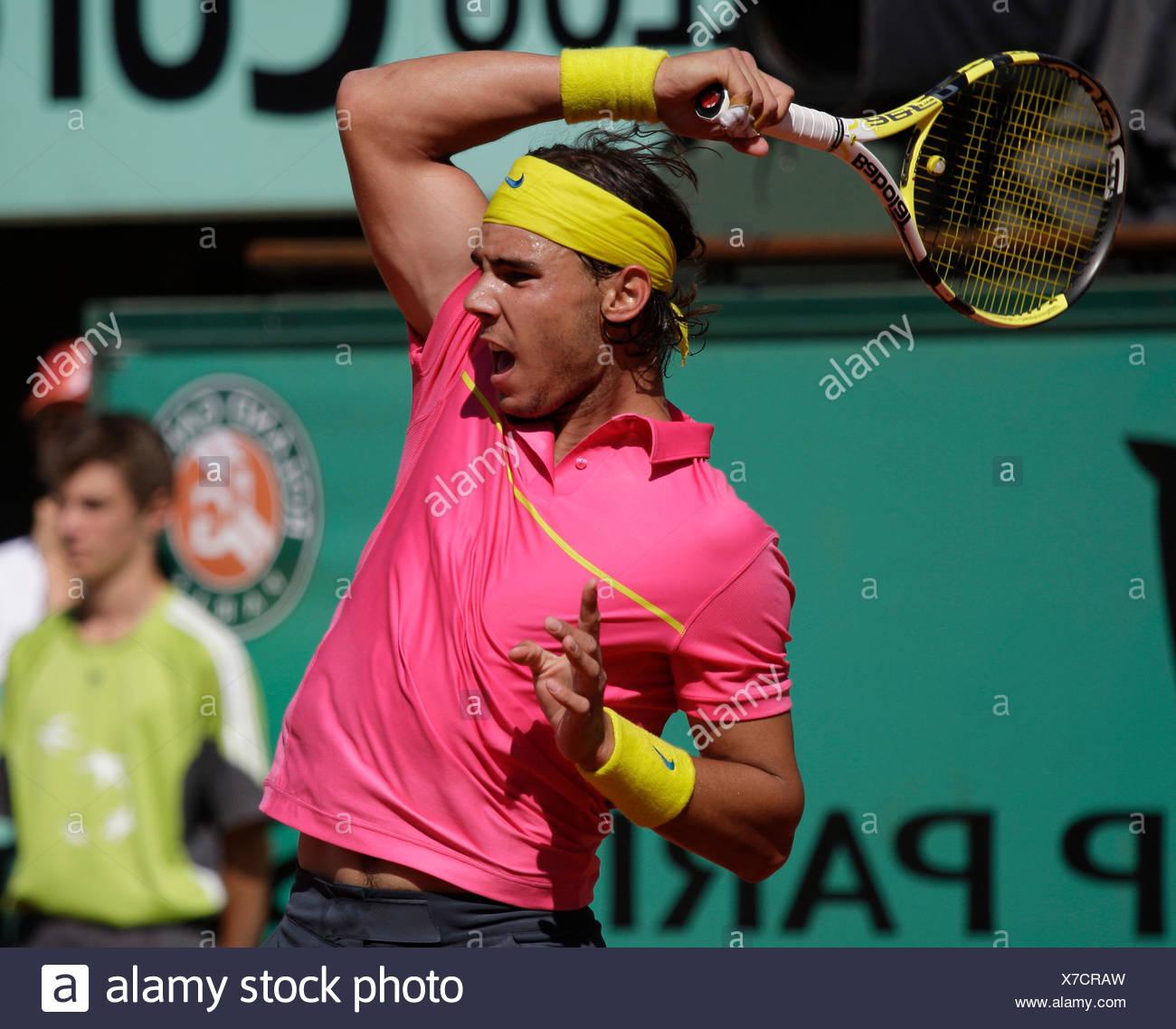 Rafael Nadal, Spagna, servire, dynamics, tennis, il ITF Grand Slam torneo, French Open 2009, Roland Garros, Parigi, Francia Immagini Stock