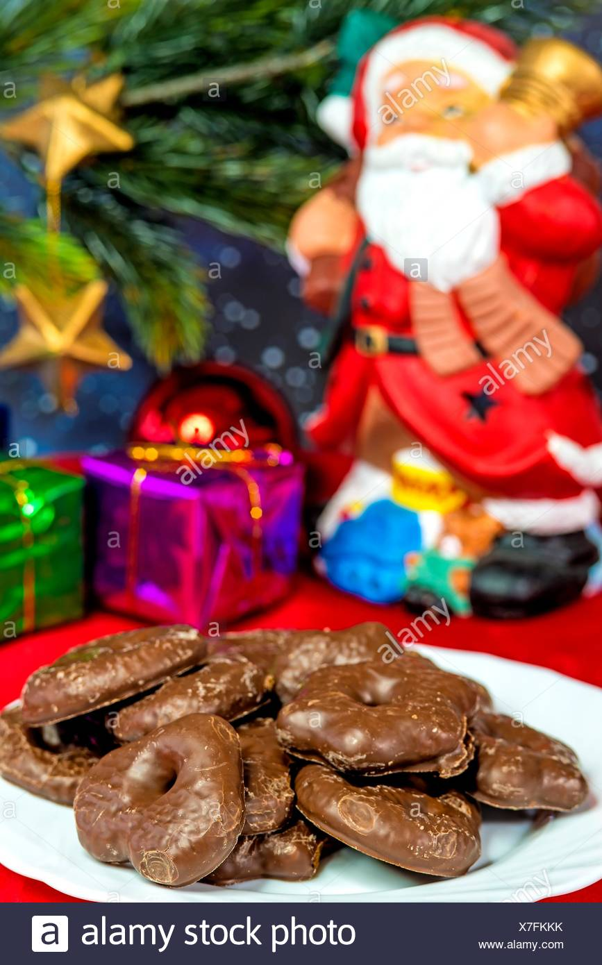 Dolci Di Natale Tedeschi.Babbo Natale Tedesco Con I Dolci Di Natale Lebkuchen Foto Stock Alamy
