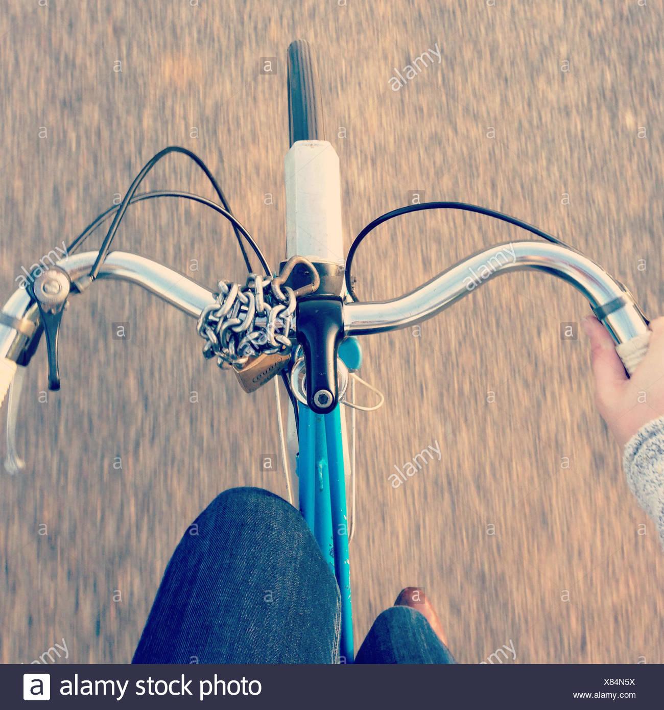Ciclismo donna Immagini Stock