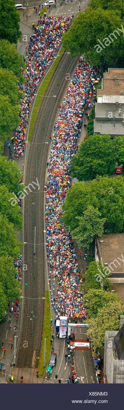 Antenna, Ruhr-Marathon 2009, semi-marathon start, 13, 500 corridori, Buer, Gelsenkirchen, Ruhrgebiet area, Renania settentrionale-Vestfalia Immagini Stock
