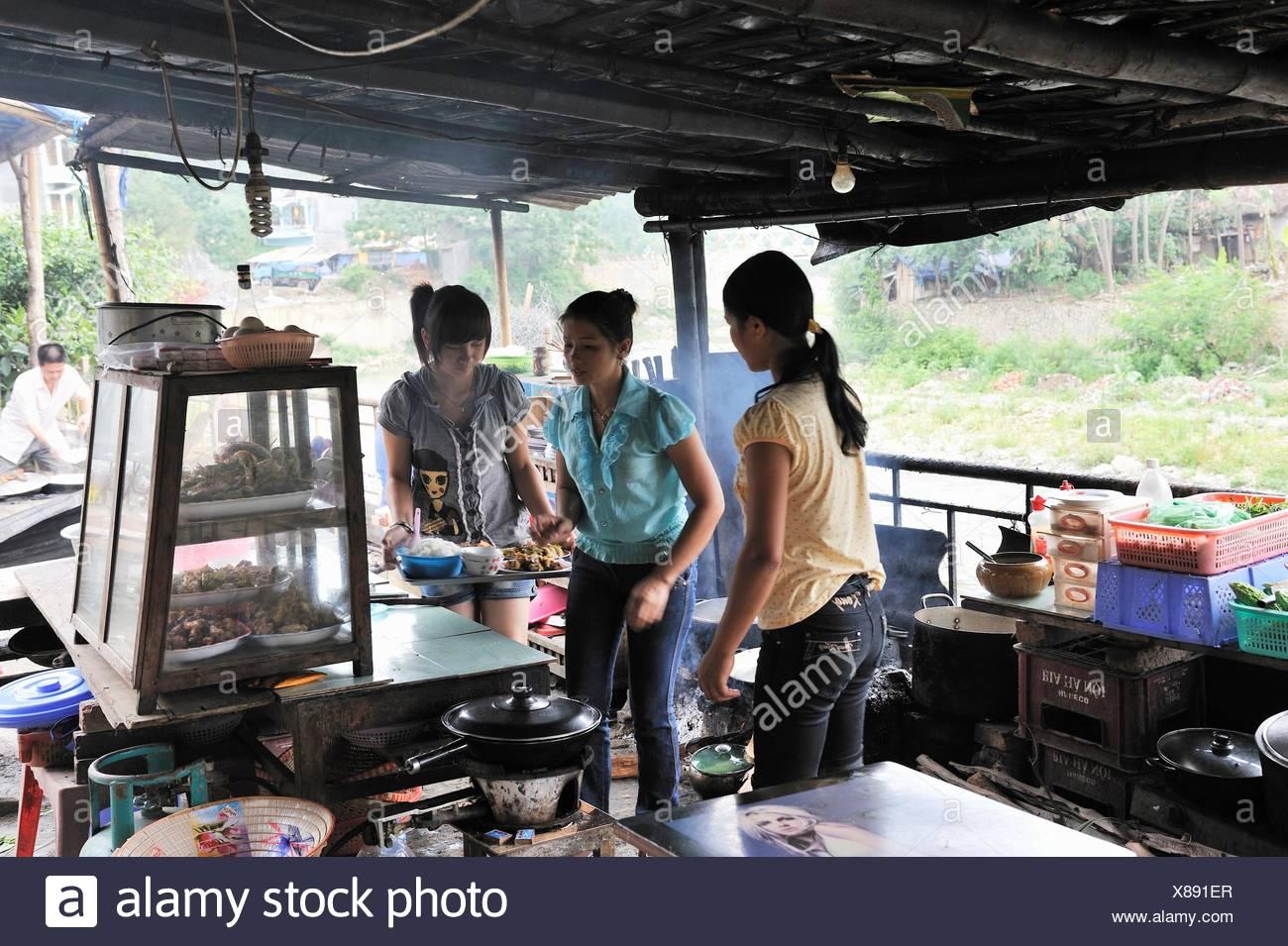Ristorante economico di Bao Lac,Cao Bang provincia,nel Vietnam del nord, sud-est asiatico Immagini Stock