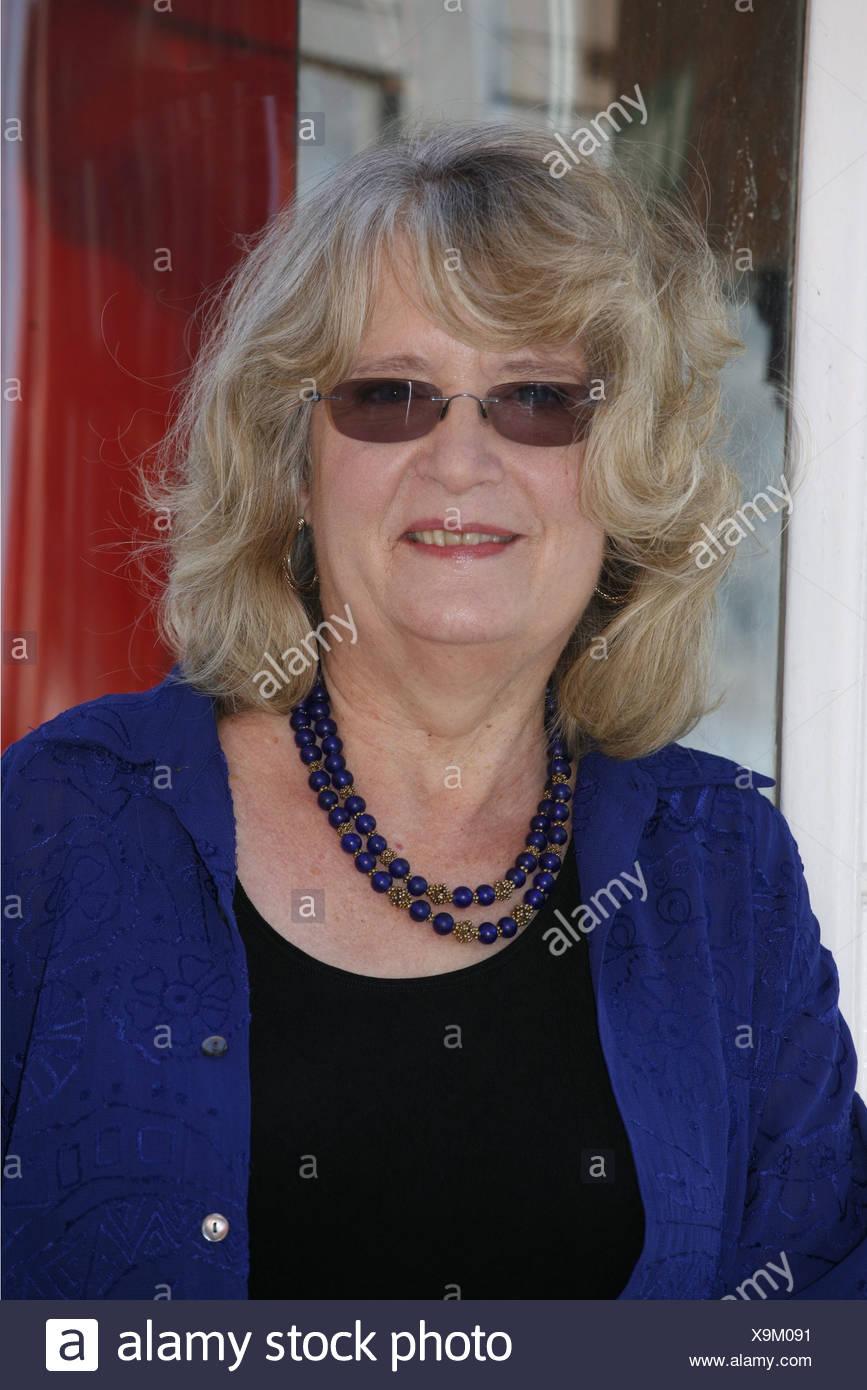 """Richards, Emilie, American autrice / autore / scrittore, ritratto, photocall per la ZDF SERIE TV """"Emilie Richards', Amburgo, Germania, 22.3.2011, Additional-Rights-giochi-NA Immagini Stock"""