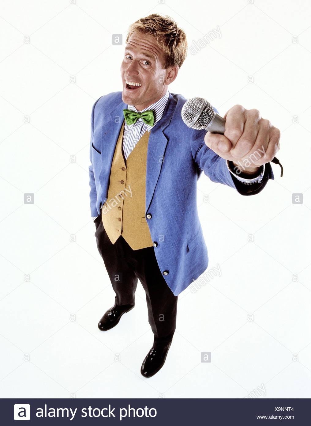 Reporters, sport giacca blu, microfono, richiesta, intervista, gesto, uomini, relazione, giornalista, uomo, copertura, felice, intervista, ridere, gioia, professione, stampa, media, ritagli, studio, Immagini Stock