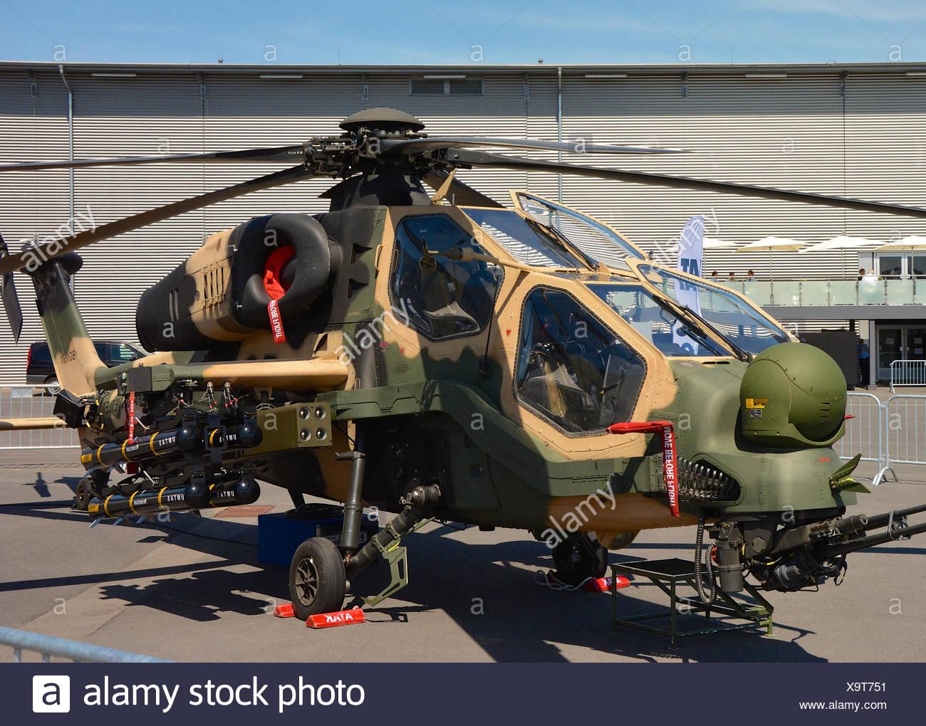 Elicottero T 129 : Esercito turco attac elicottero t129 atak foto & immagine stock