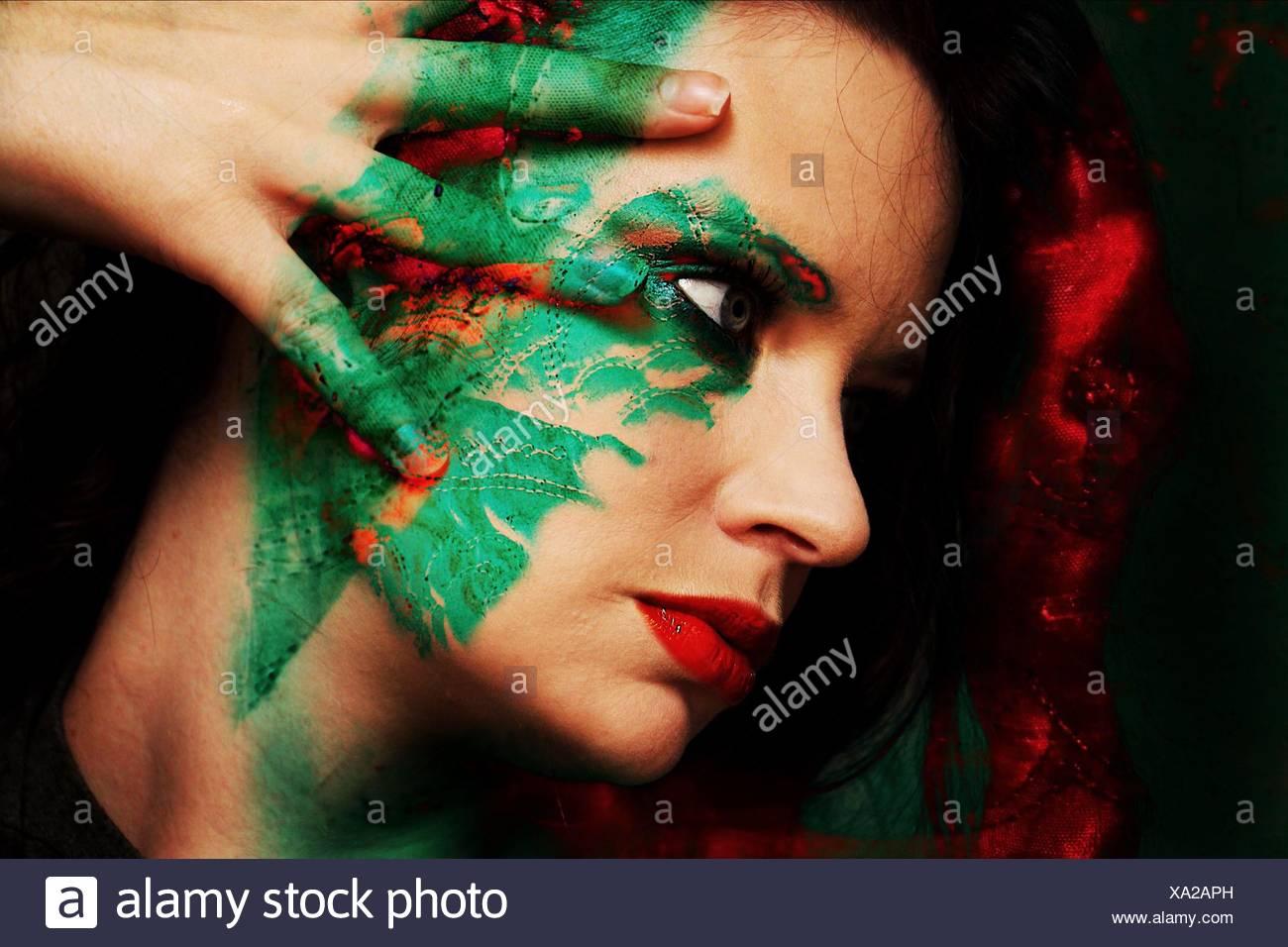In primo piano della bella donna con Face Paint Immagini Stock
