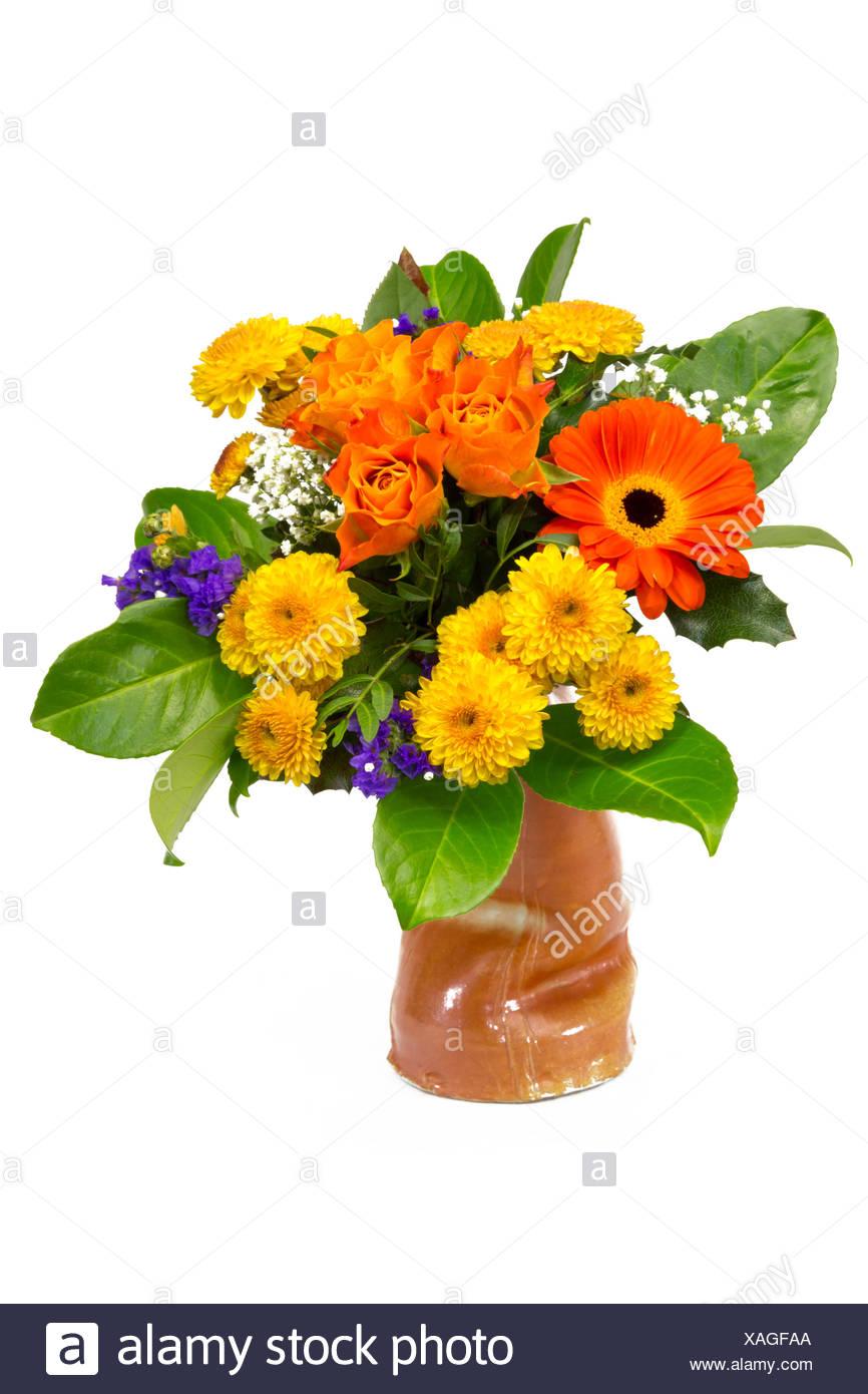 Fiori Gialli Mazzo.Mazzo Di Fiori Giallo Arancione In Un Vaso Foto Immagine Stock