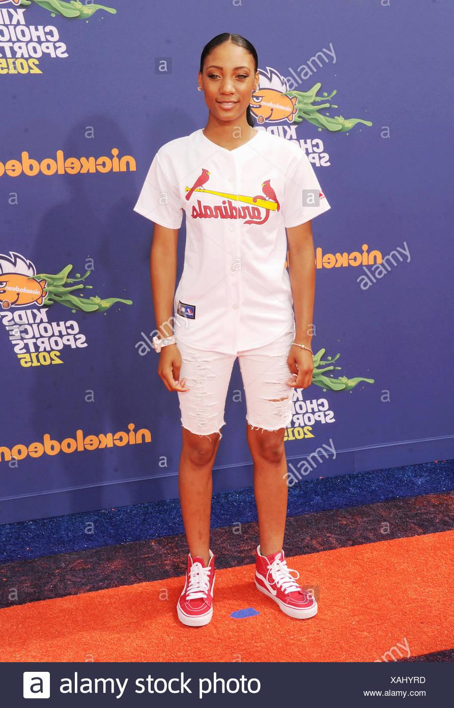 Giocatore di Baseball Mo'ne Davis arriva al Nickelodeon Kids' scelta Sports Awards 2015 in corrispondenza del UCLA Pauley Pavilion sulla luglio 16, 2015 a Westwood, California., Additional-Rights-giochi-NA Immagini Stock