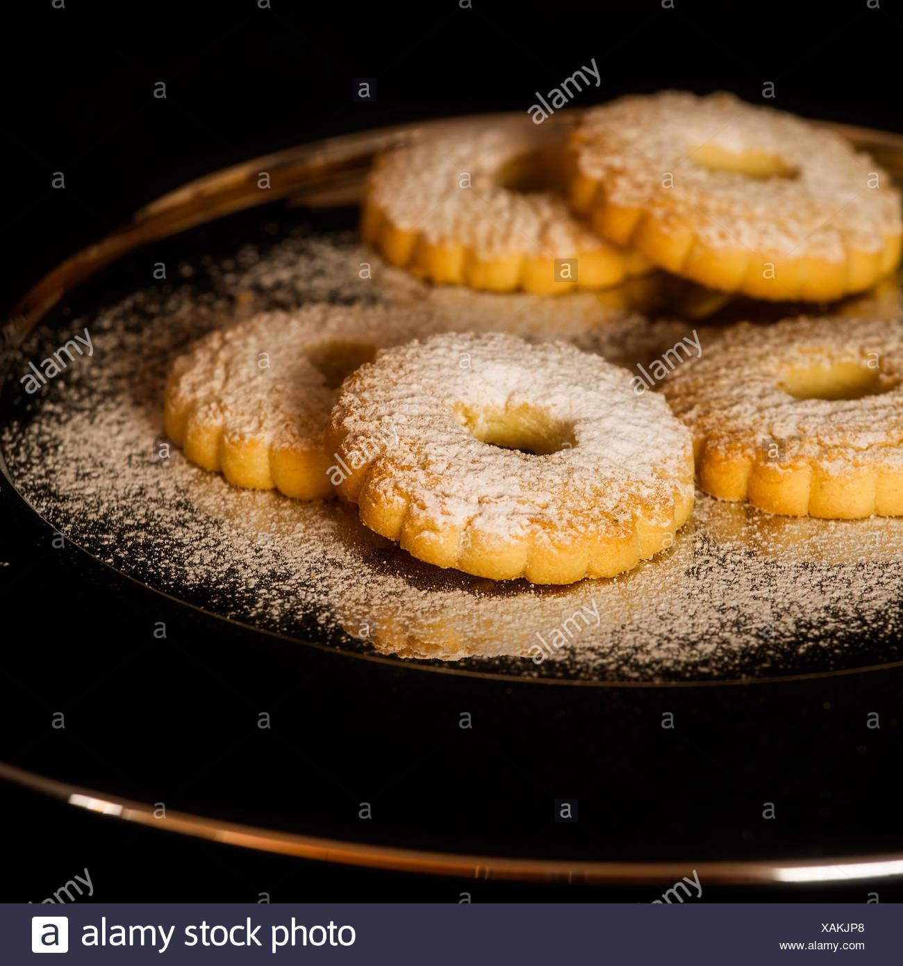 Biscotti canestrelli con zucchero a velo Immagini Stock