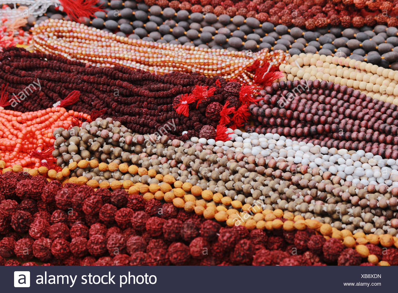 Rudraksha mala o grani di preghiera Foto Stock