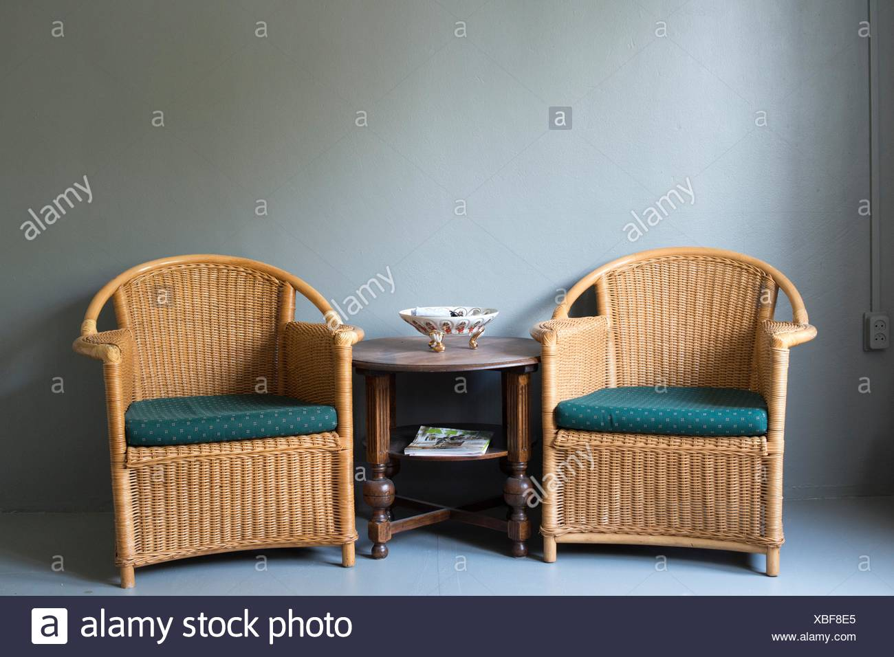 Sedie In Rattan Da Interno : Tilburg paesi bassi sedie di rattan e legno di antiquariato