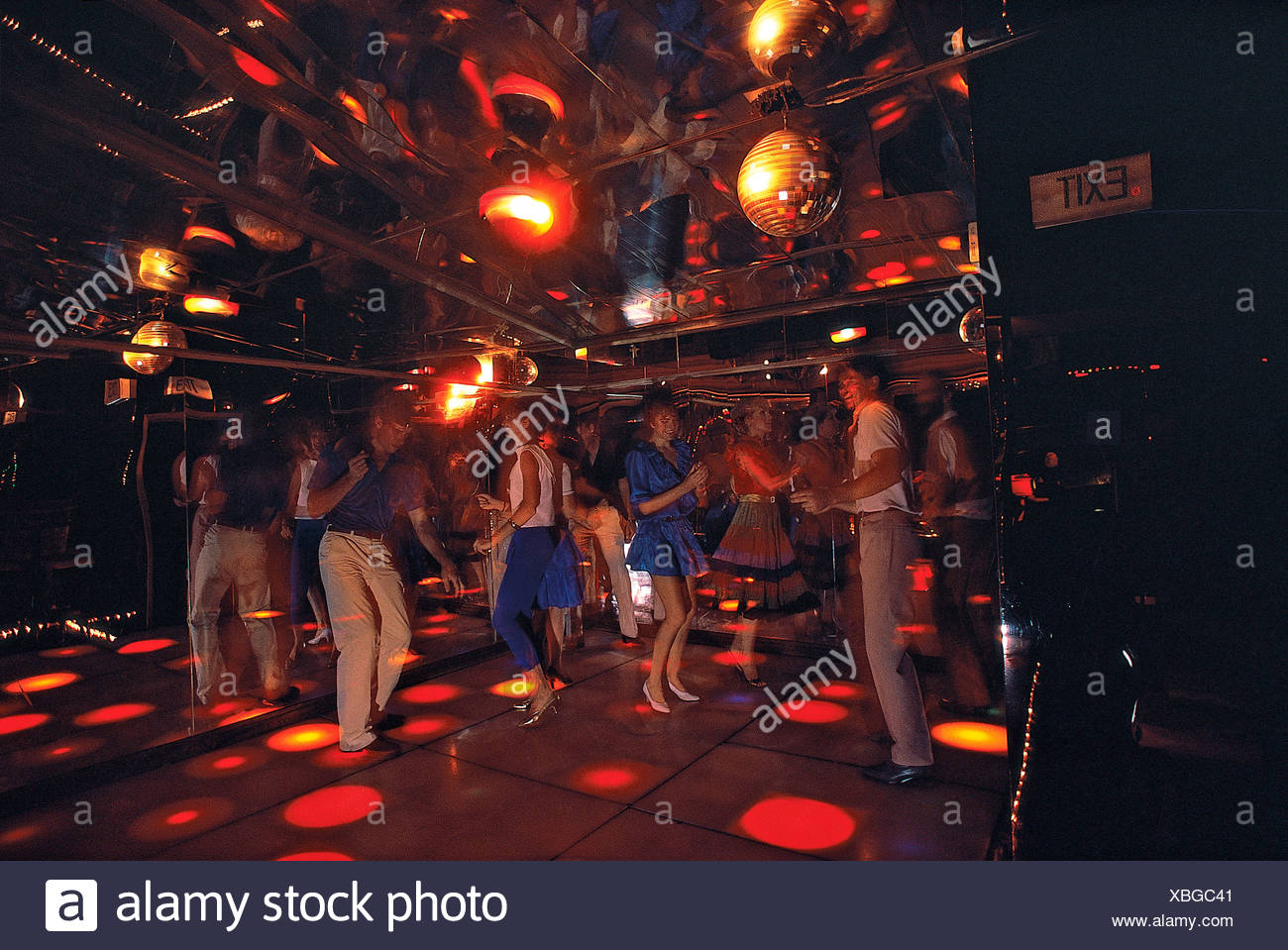 Stile di vita. I giovani. Club. Dancing Immagini Stock