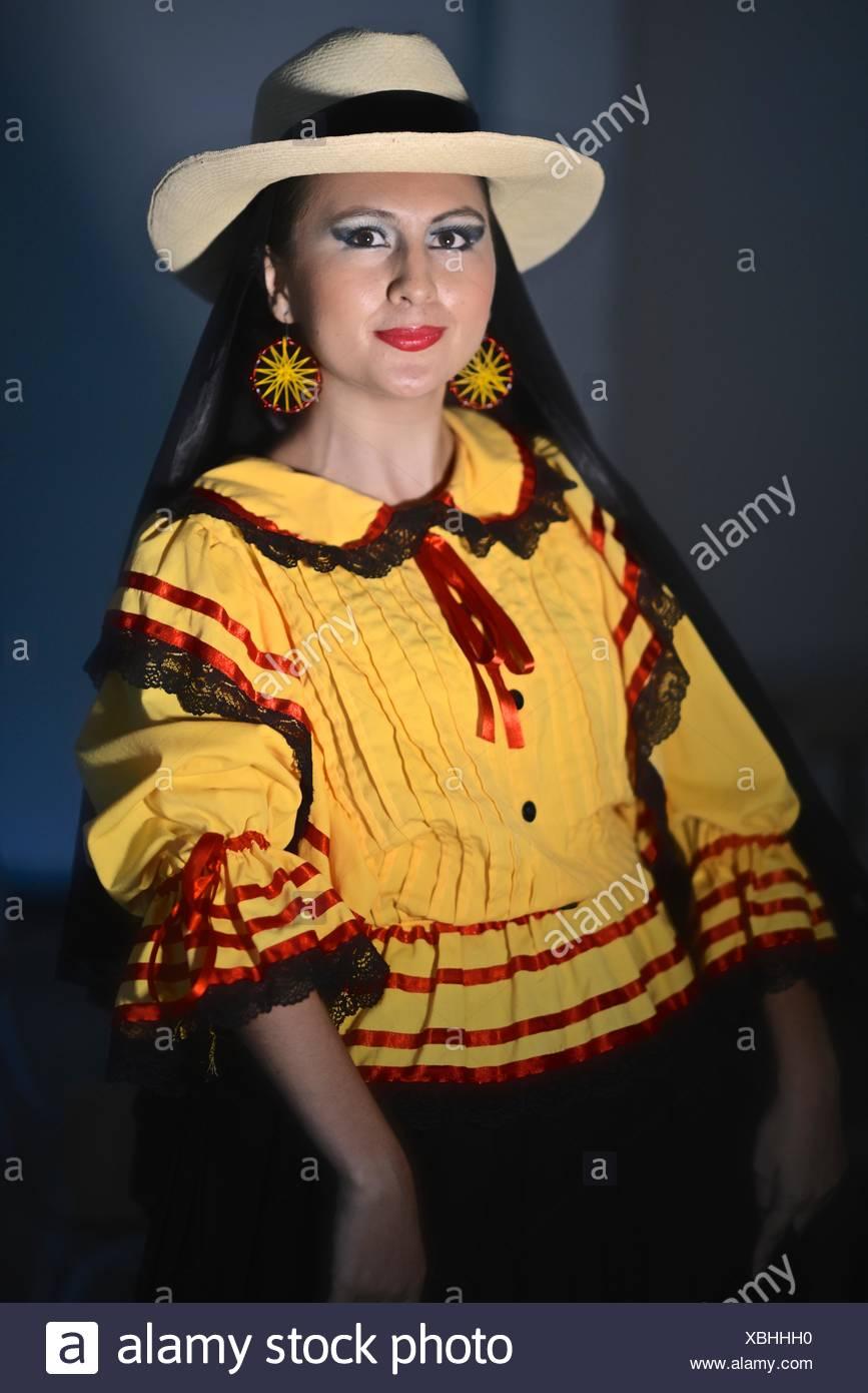 foto di donne colombiane di 35 anni