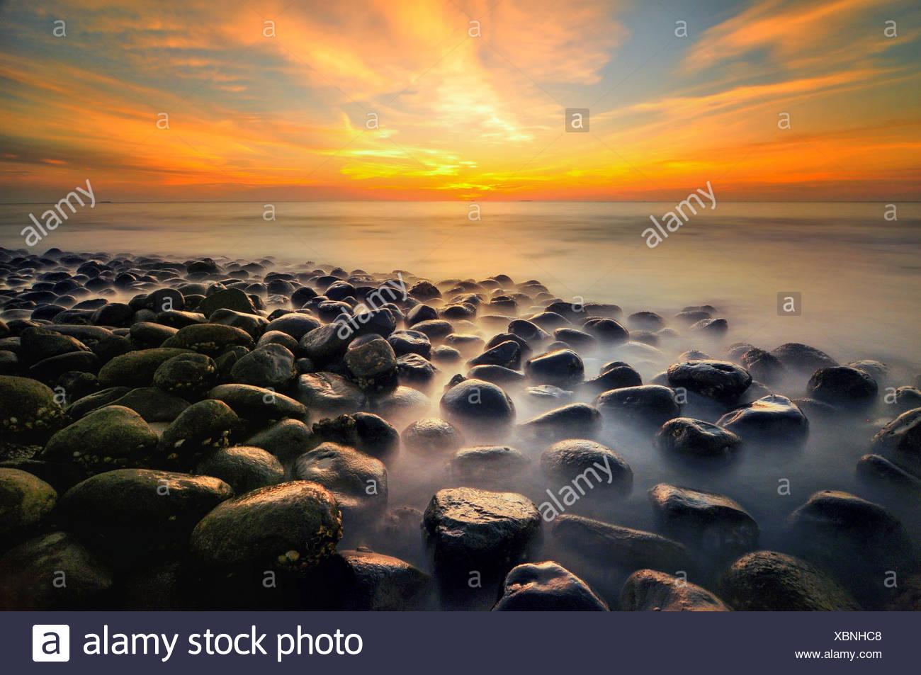 Malaysia, Pantai, tramonto al mare Immagini Stock