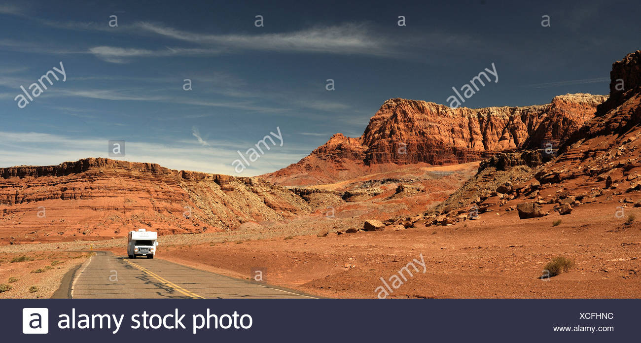 Glen Canyon National Recreation Area, Lees Ferry, Arizona, Stati Uniti d'America, Stati Uniti, America, road, camper, rocce Immagini Stock