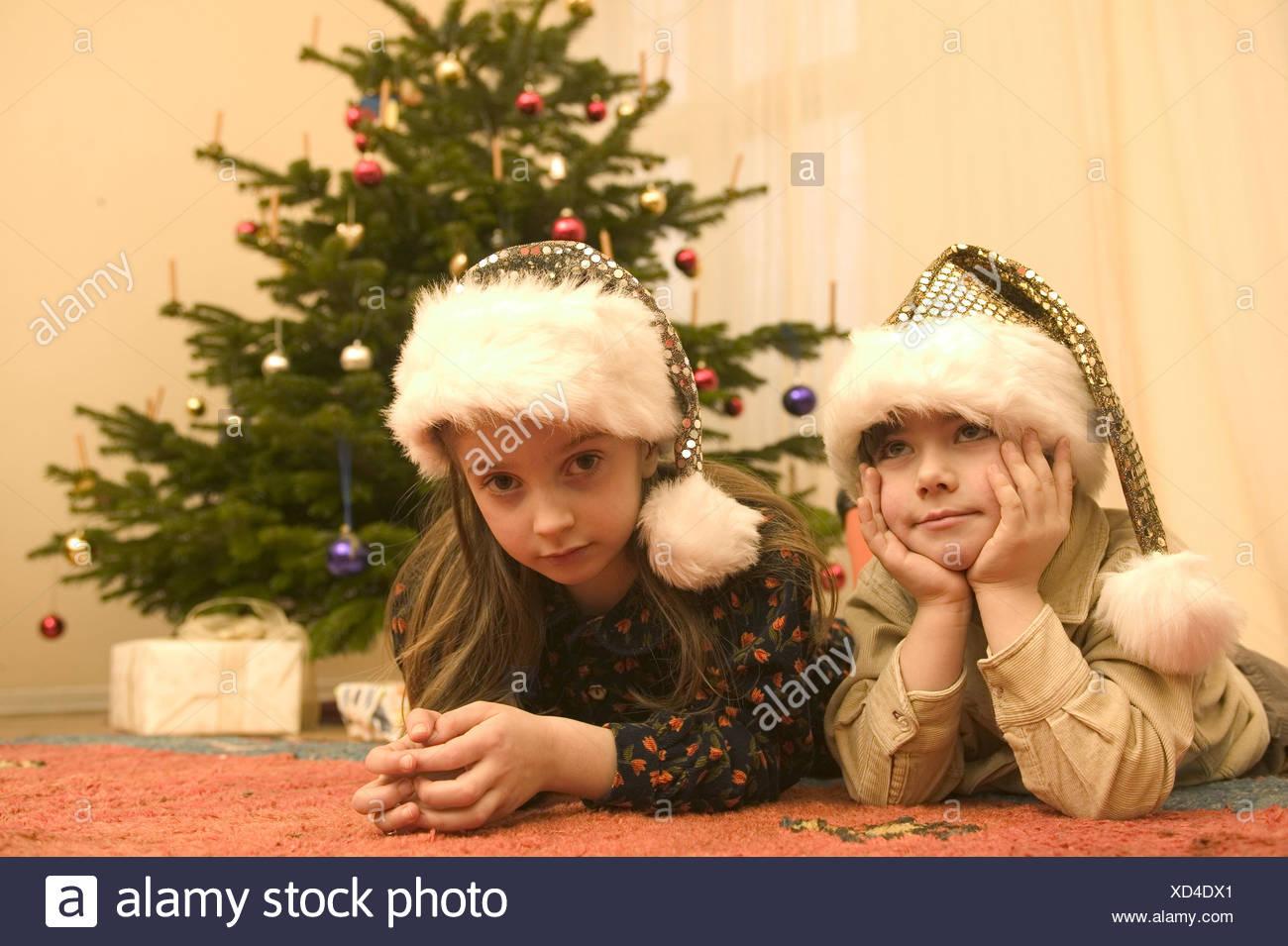 Regali Di Natale Per Bambini 5 Anni.Natale Salotti Albero Di Natale Regali Bambini Santa S Cappelli