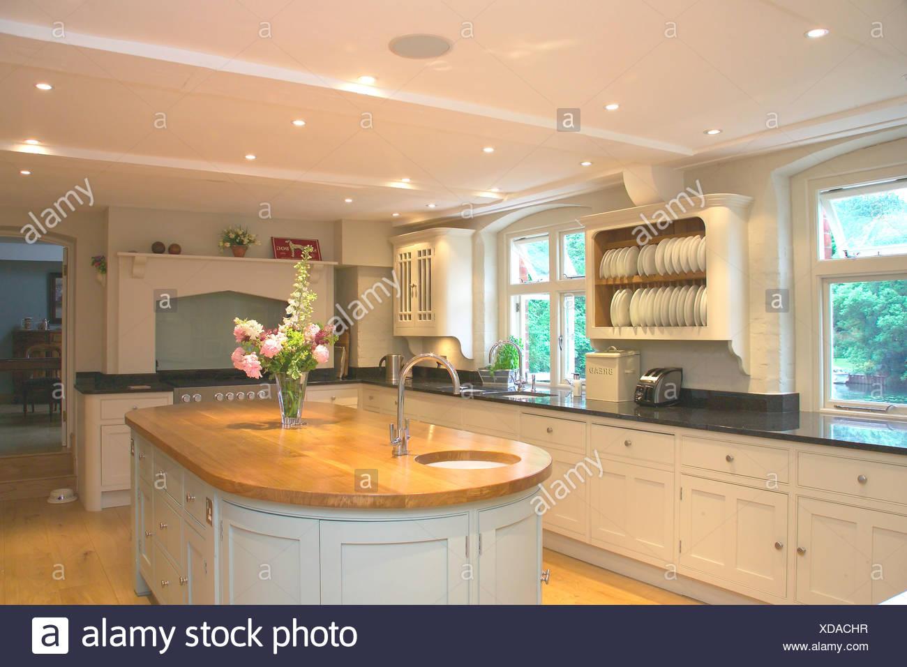 Illuminazione Piano Lavoro Cucina incasso a soffitto in illuminazione bianca e moderna cucina