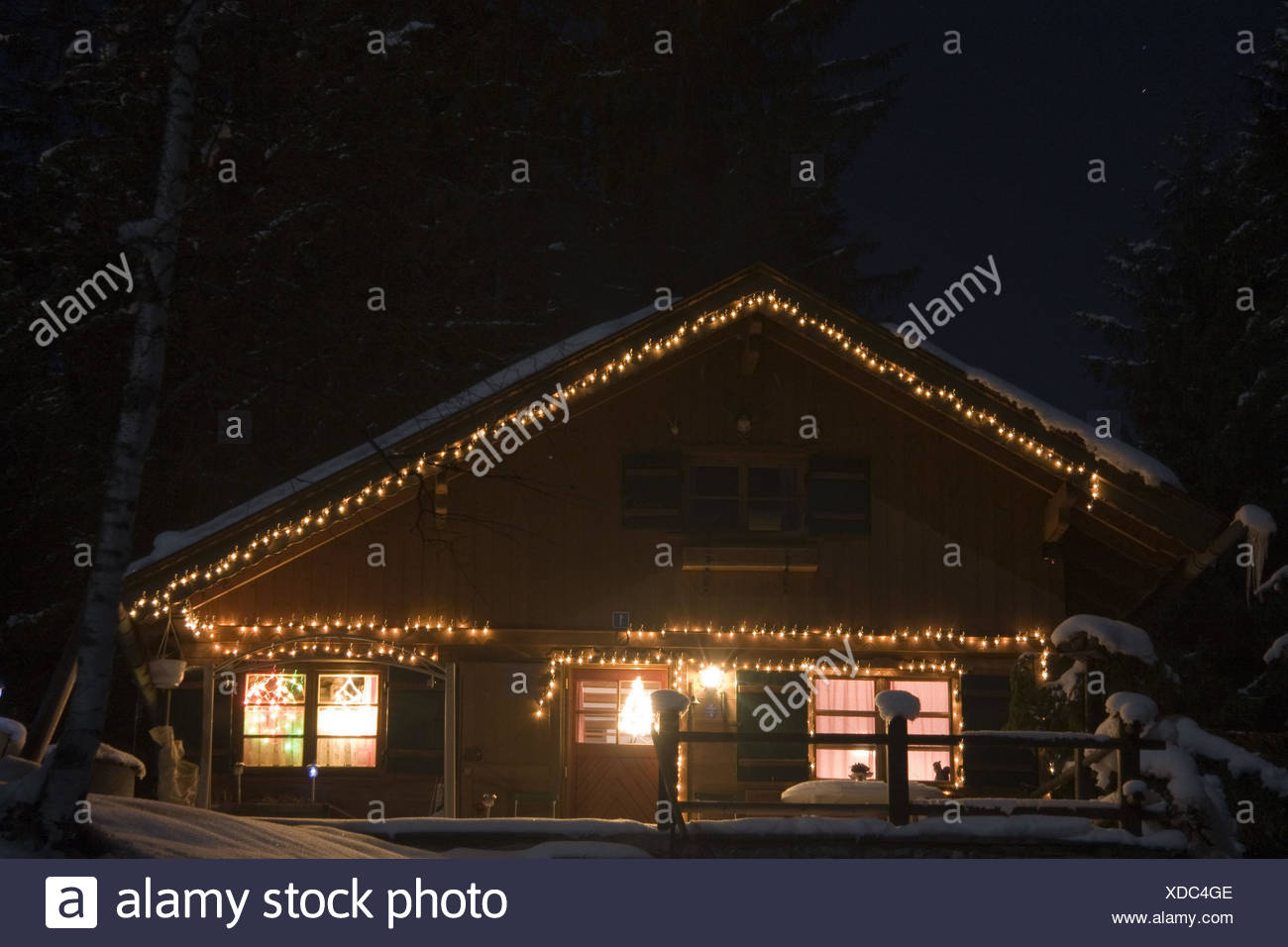 Acciaieria illuminato per natale candela illuminato raduni