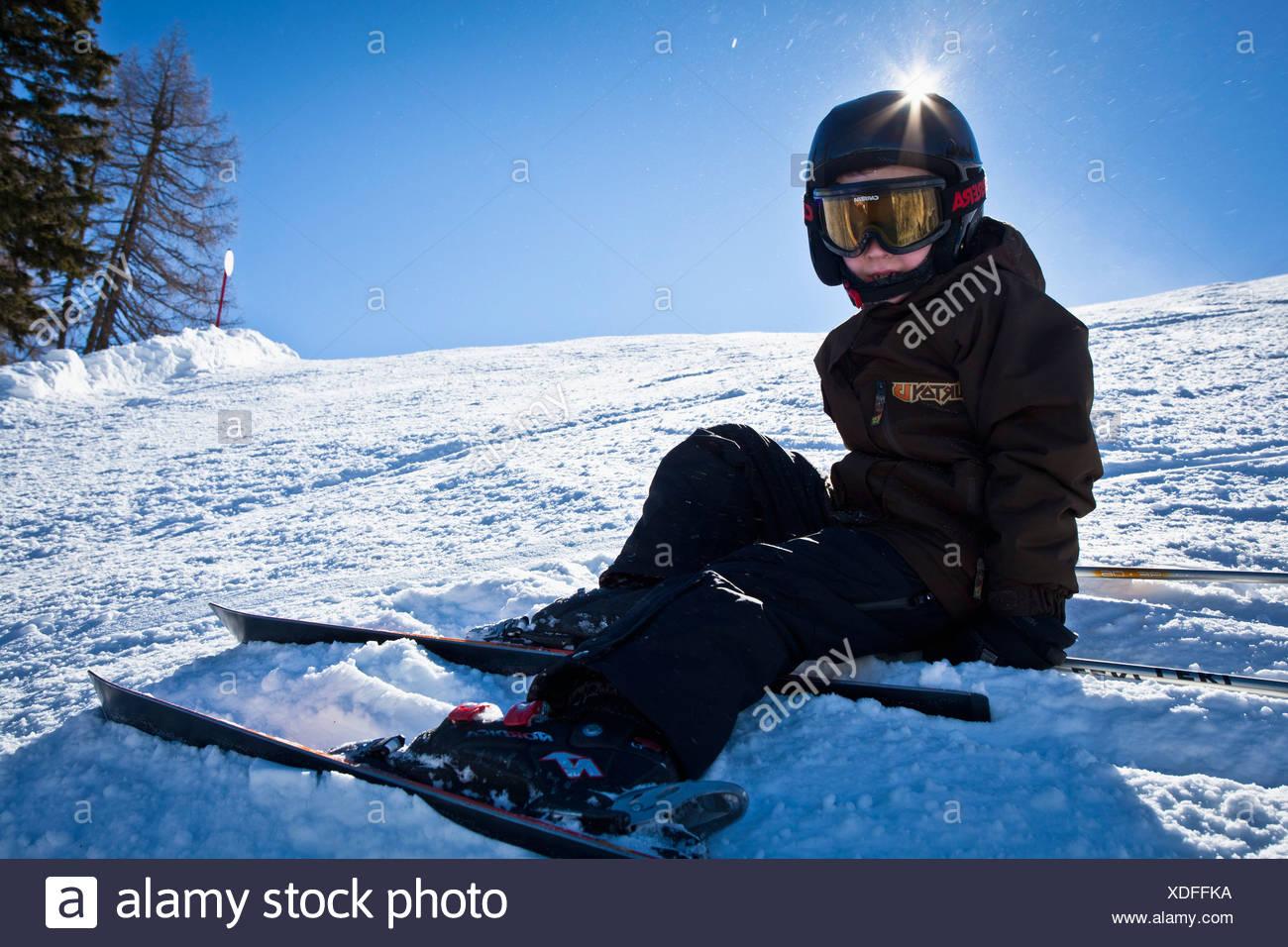 Gull lunghezza di un ragazzo in pista da sci Immagini Stock