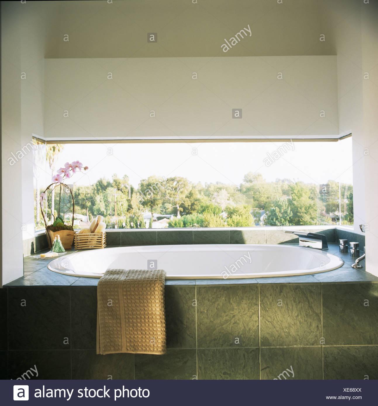 Bagni moderni con pietra trendy bagno con in legno bagno - Bagno con pietra ...