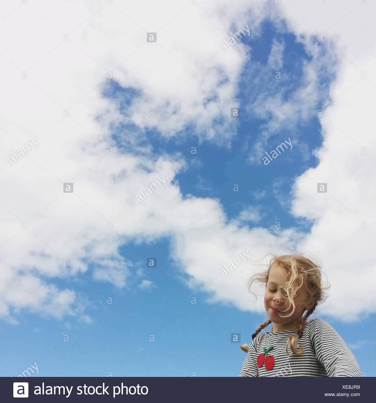 Ritratto di ragazza all'aperto Immagini Stock