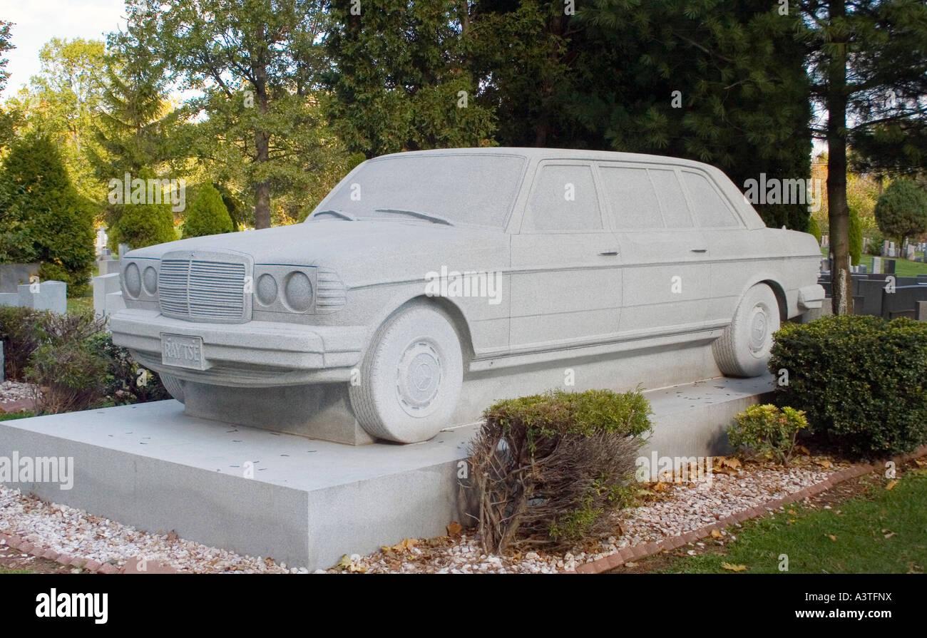 Perfect Mercedes Benz Túmulo No Cemitério Em Rosehill Linden New Jersey