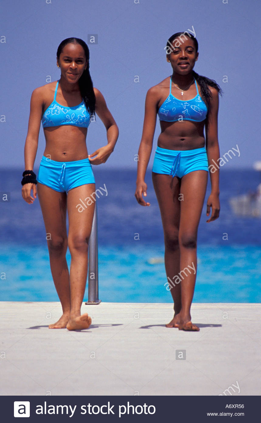 Curacao girls