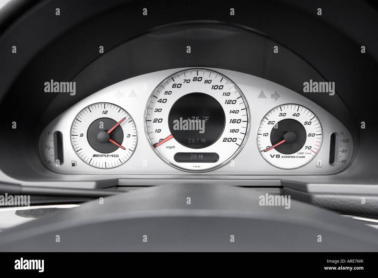 2005 Mercedes Benz E55 AMG Em Preto   Velocímetro/tacômetro