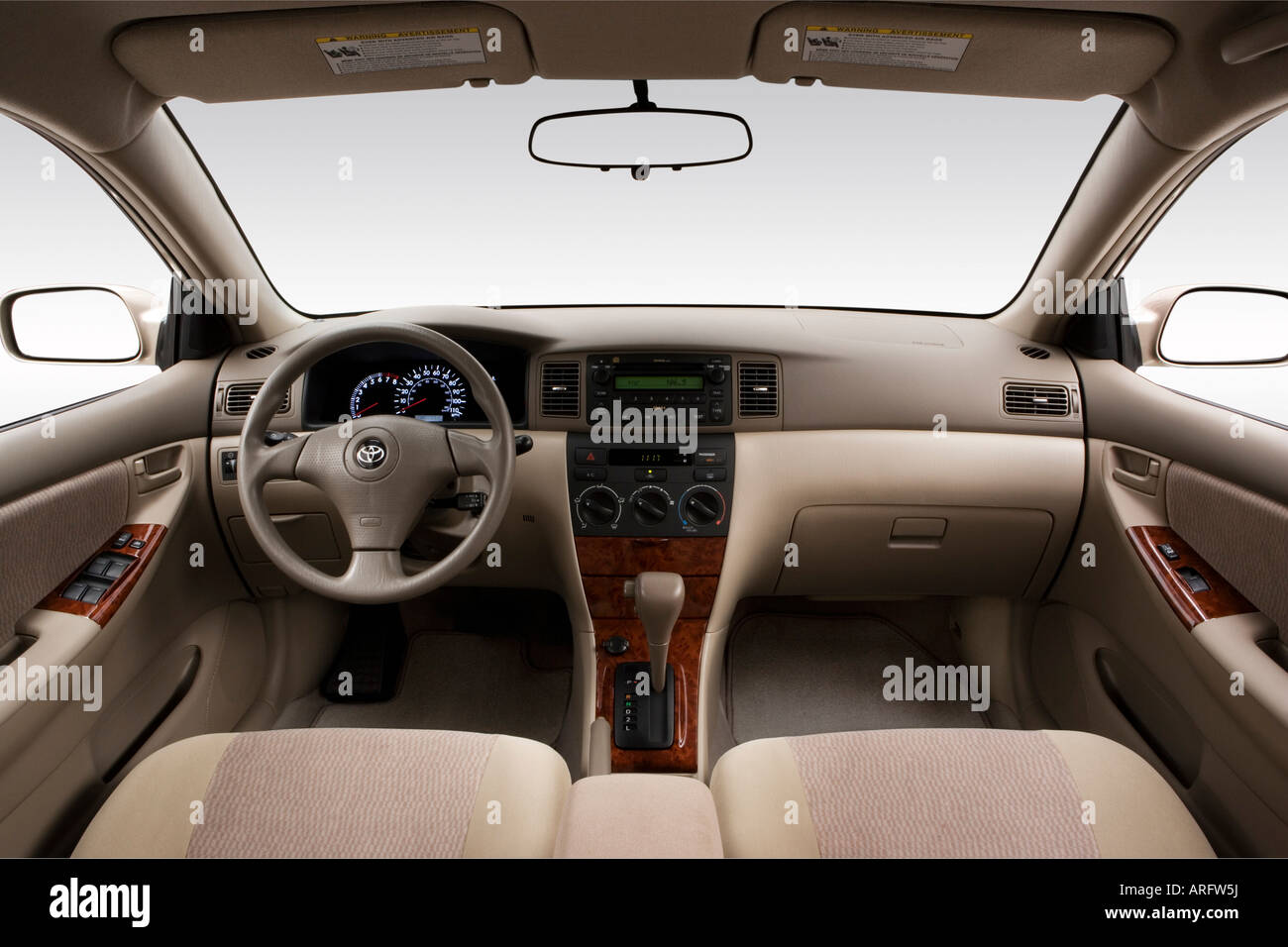Beautiful 2008 Toyota Corolla LE Em Bege   Painel De Bordo, Consola Central, Vista De  Mudança De Marchas