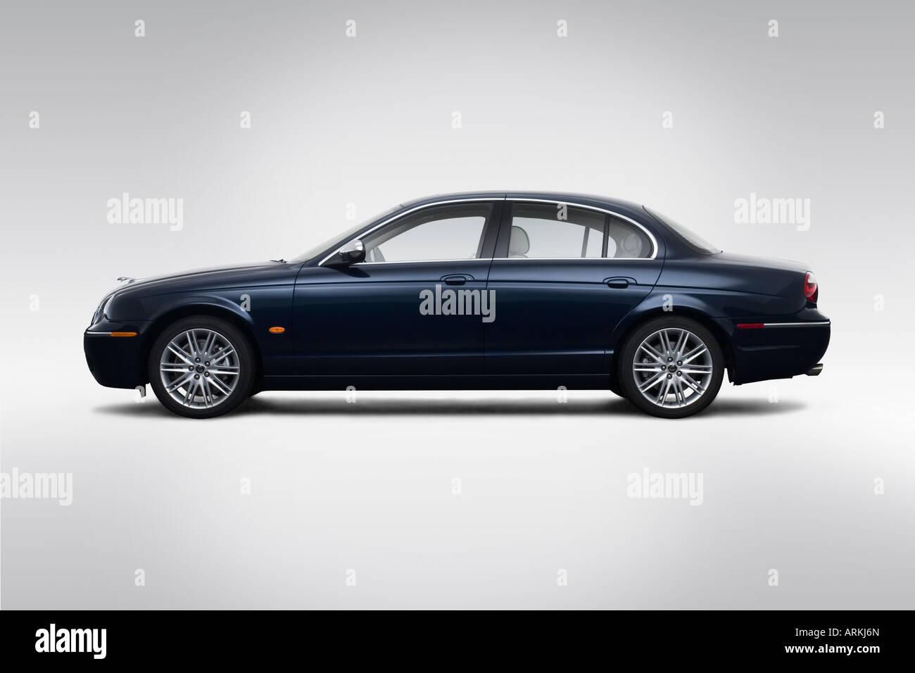 2008 Jaguar S Type 3 Em Azul   Drivers Perfil Lateral