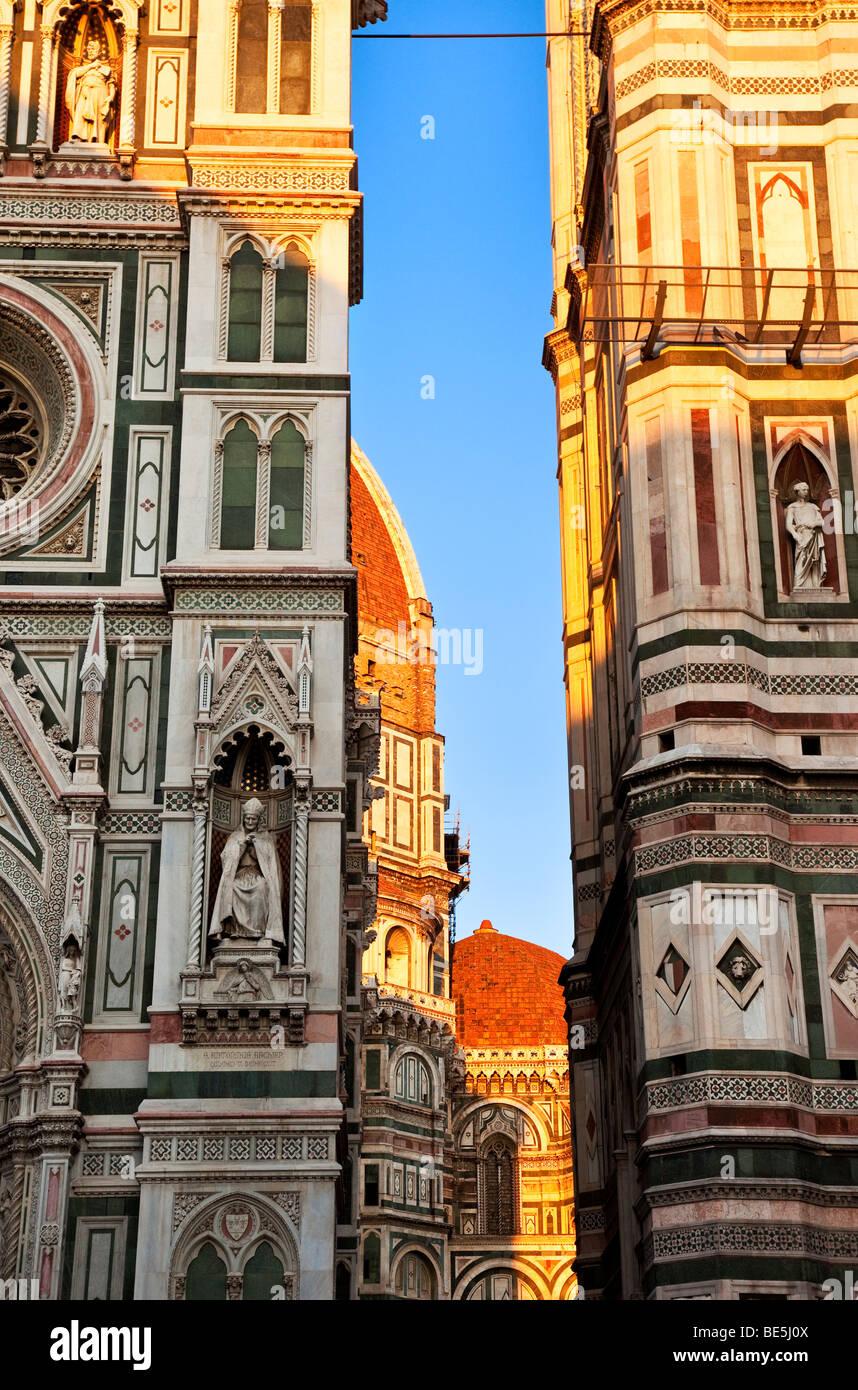 À noite no Duomo de Florença Toscana Itália Imagens de Stock