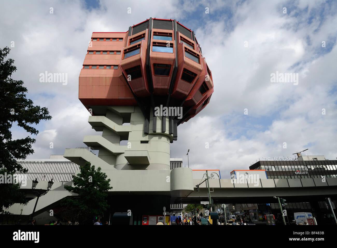 Berlim. Alemanha. Bierpinsel, incomum 1970 Bar & Restaurante prédio no Stegliz. Imagens de Stock