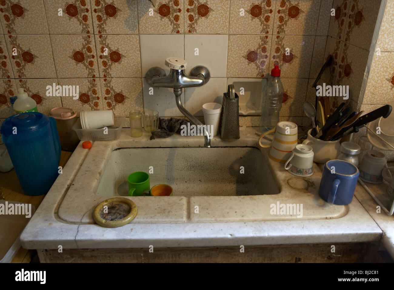 Kitchen Sink Fotos Kitchen Sink Imagens De Stock Alamy