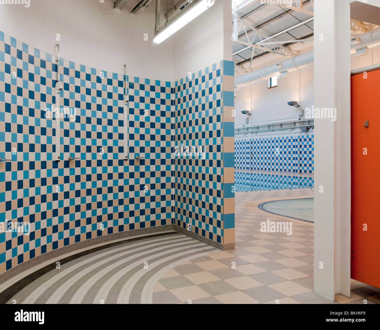 Showers at public swimming pool Stock Photo: 29267149 - Alamy
